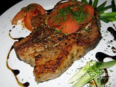 Мясо по французски в духовке из свинины с помидорами и ...