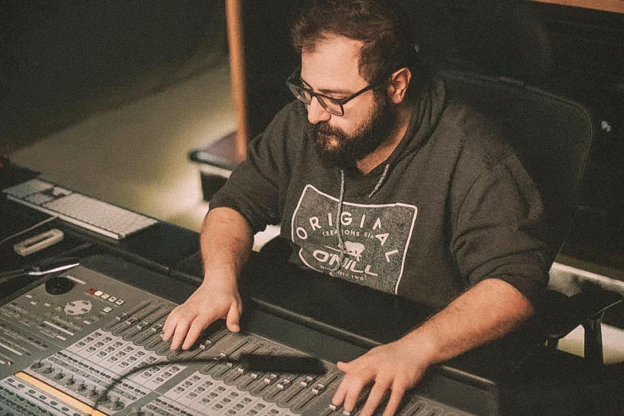 Postred-Beso-kacharava-sound-mixer-sound-designer