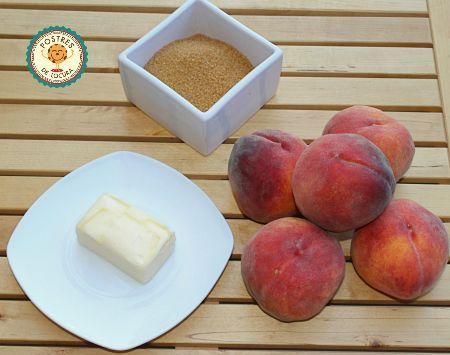 Ingredientes capa fruta para tarta de melocoton