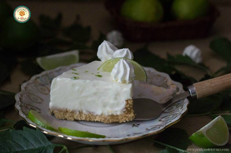 porcion-tarta-helada-de-lima-y-merengue