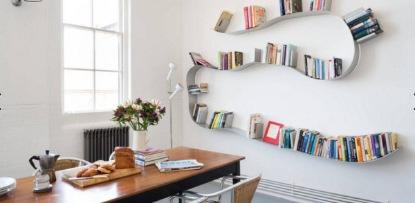 Книжные полки на стену: фото обзор дизайнерских решений ...