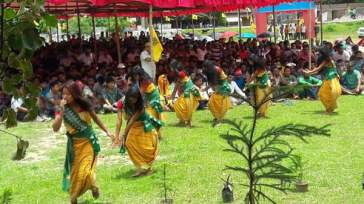 Bodo Revolutionary Dance performed during commemoration of Bodoland Martyrs Day on 12 June 2016 at organised by All Bodo Student's Union (ABSU)
