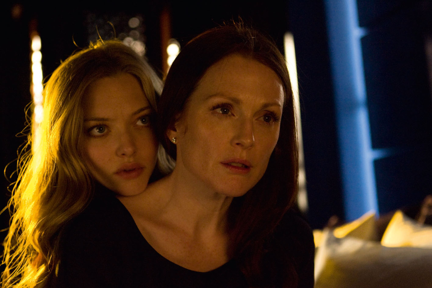 Ellen Page and Julianne Moore Play Lesbian Lovers in Freehold'