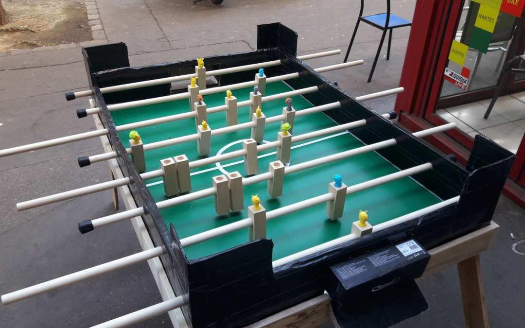 Construction d'un baby foot ou un projet un peu plus encombrant qu'un emporte-pièce.