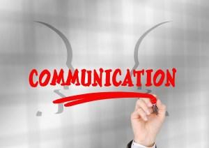 communication-2023438_1280-300x212 Comunicación del trabajo en equipo