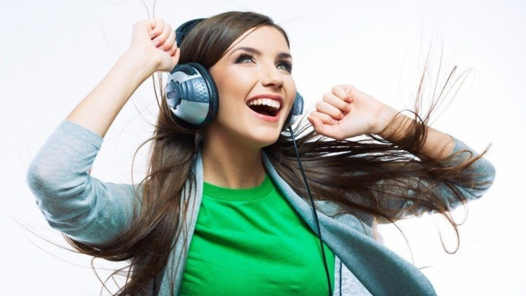 chica-escuchando-musica Podcast