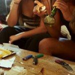 CÓMO INTERACTÚA LA MARIHUANA CON OTRAS DROGAS