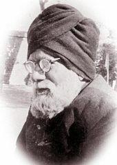 220px-Syed_Ghulam_Bhik_NAIRANG