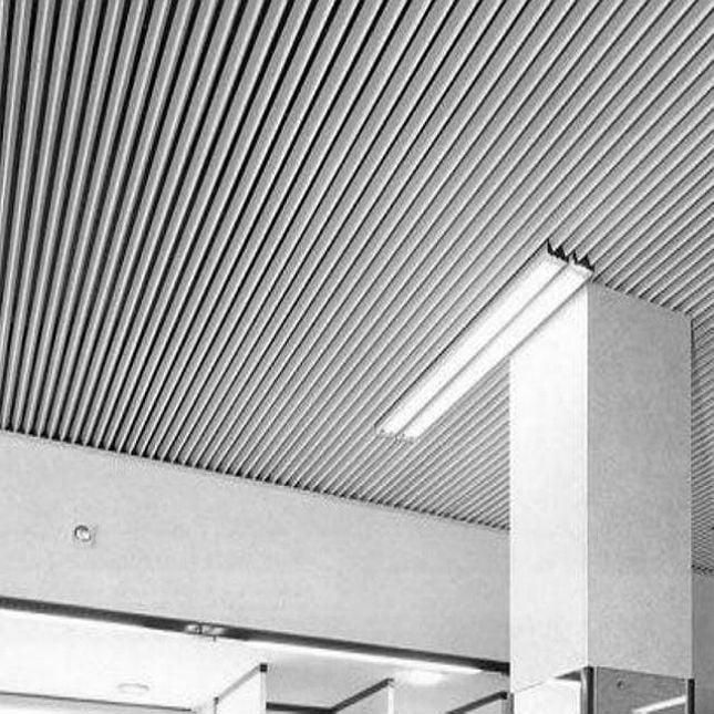 V-образный реечный потолок Албес