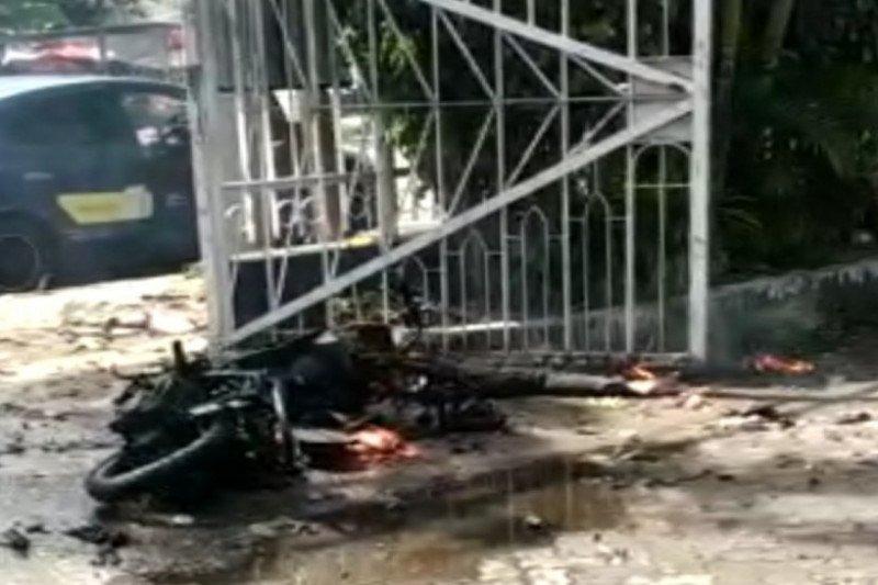 Bom Meledak di Gereja Katedral Makassar, Potongan Tubuh Manusia Berserakan