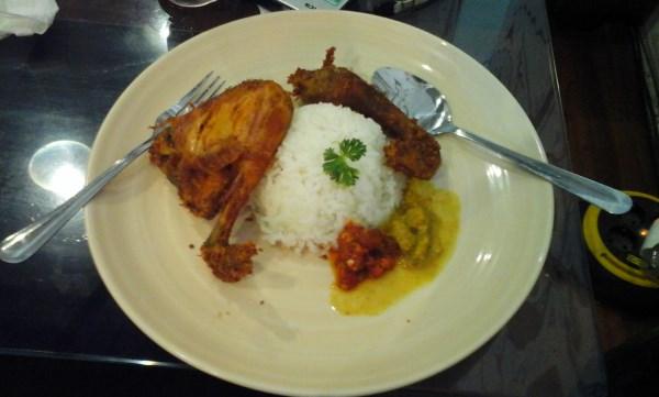 Nasi Ayam BesKem