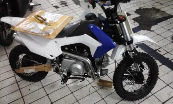 Mini sekali motornya :D .