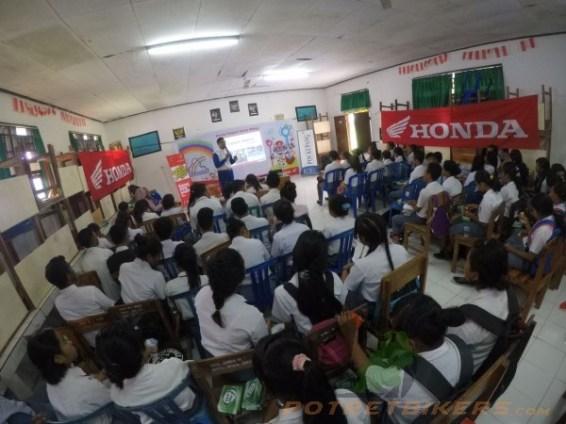 Honda Safety Riding Academy di Kupang - 2017 (7)