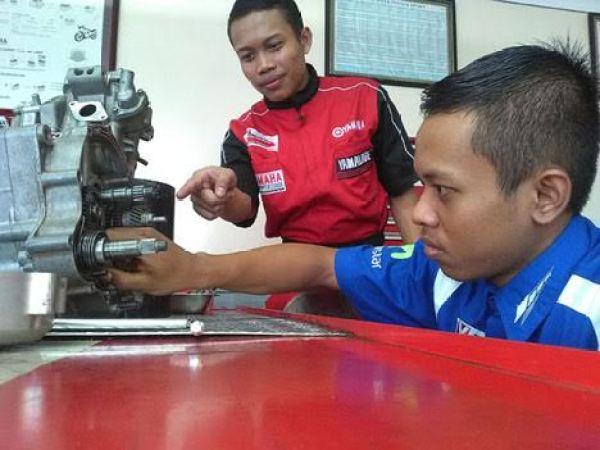 Yamaha Engeneering School (YES) (6)