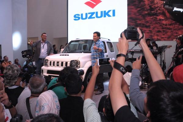 Suzuki JIMNY 2017 (2)