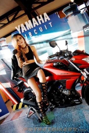 All New Yamaha Vixion R 2017 (9)