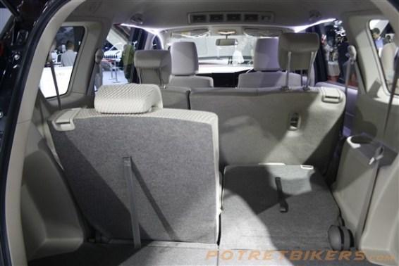 New Suzuki ERTIGA 2018 (18)