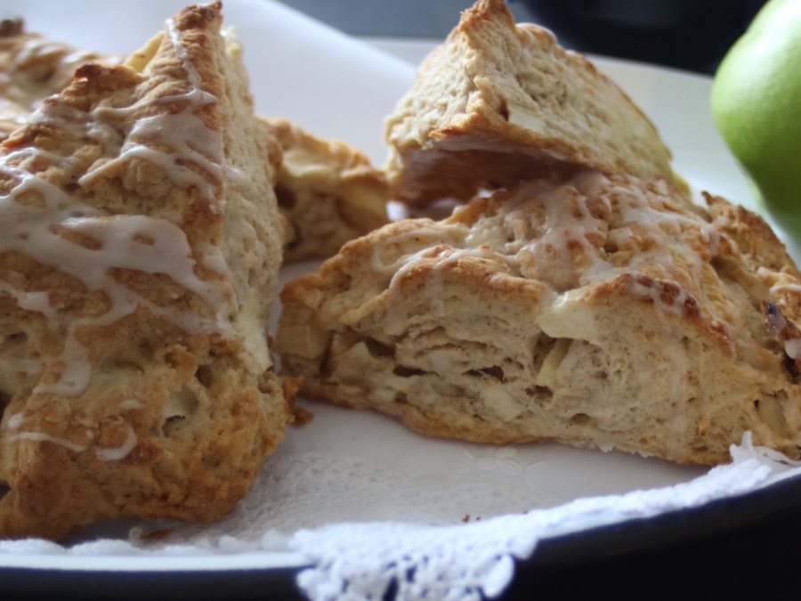 Apple Pie Scones from potsandplanes.com