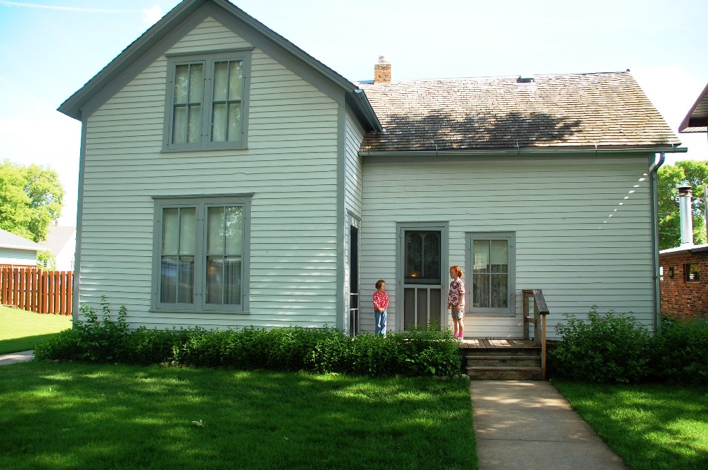 """This was the house the Ingalls family had in town. It was, however, too far away from the town center (a very few blocks) during """"The Long Winter,"""" so they moved to the a place on Main Street during winter. This house offers tours. Hopefully next time..."""