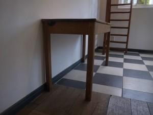 school desk01 12