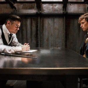 Brumbál a Mlok se spojí v boji proti Grindelwaldovi