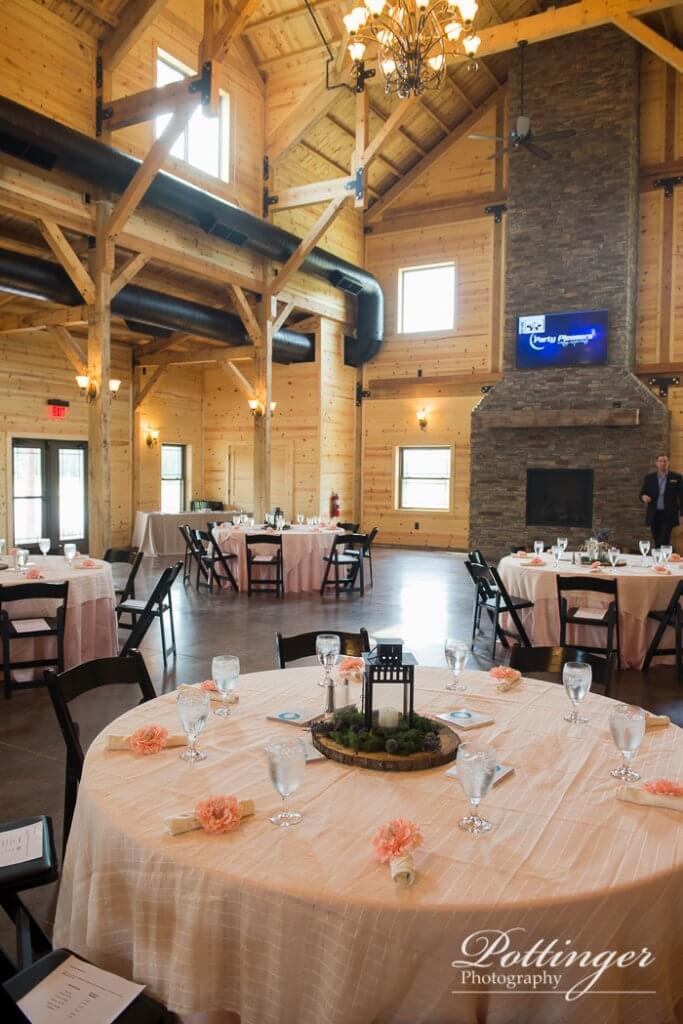 Rolling Meadows Ranch A Lebanon Ohio Wedding Barn Pottinger Photography