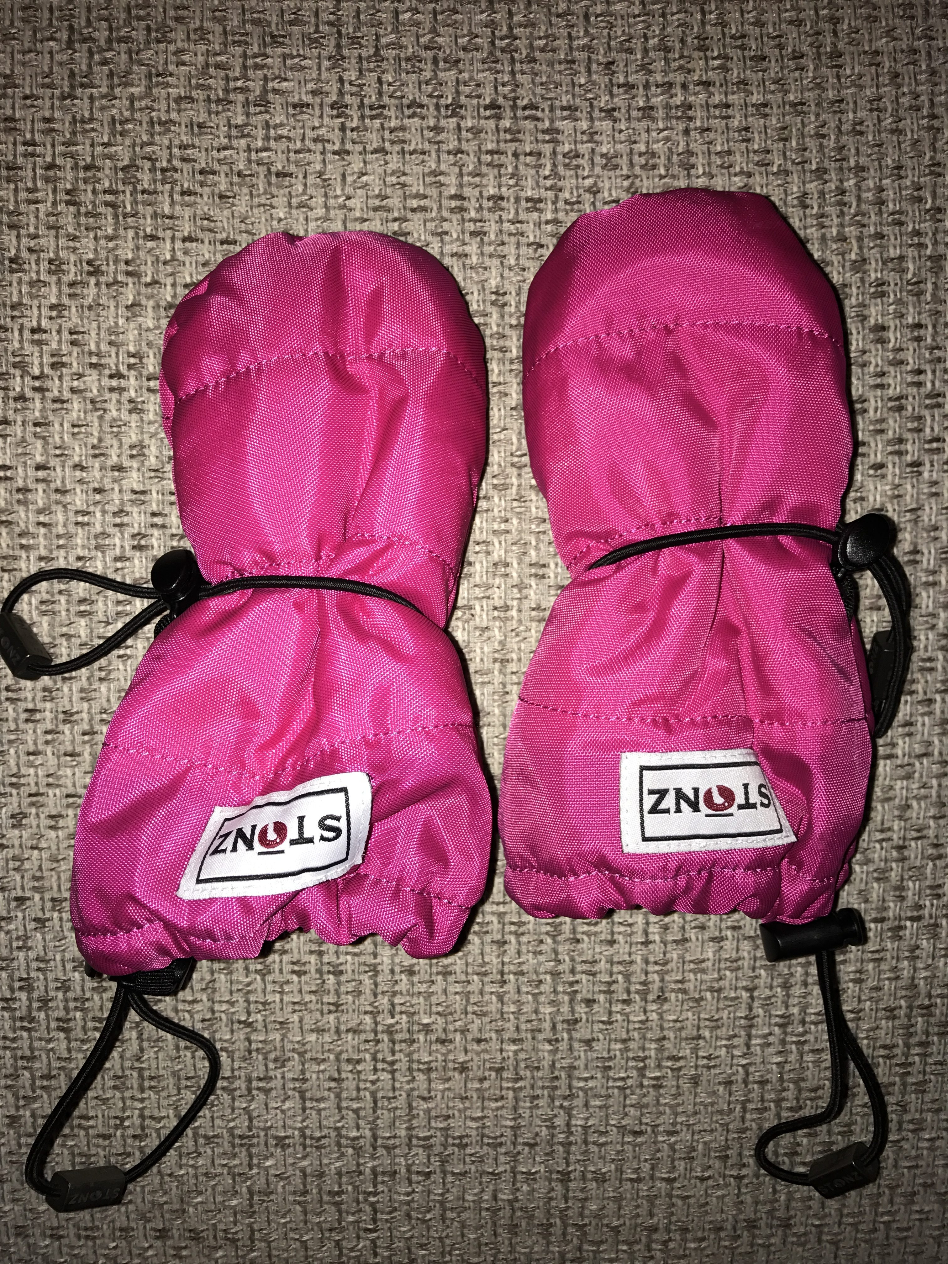 ae81dfa8b Stonz Mittz Review - Water and wind resistant baby gloves that stay ...
