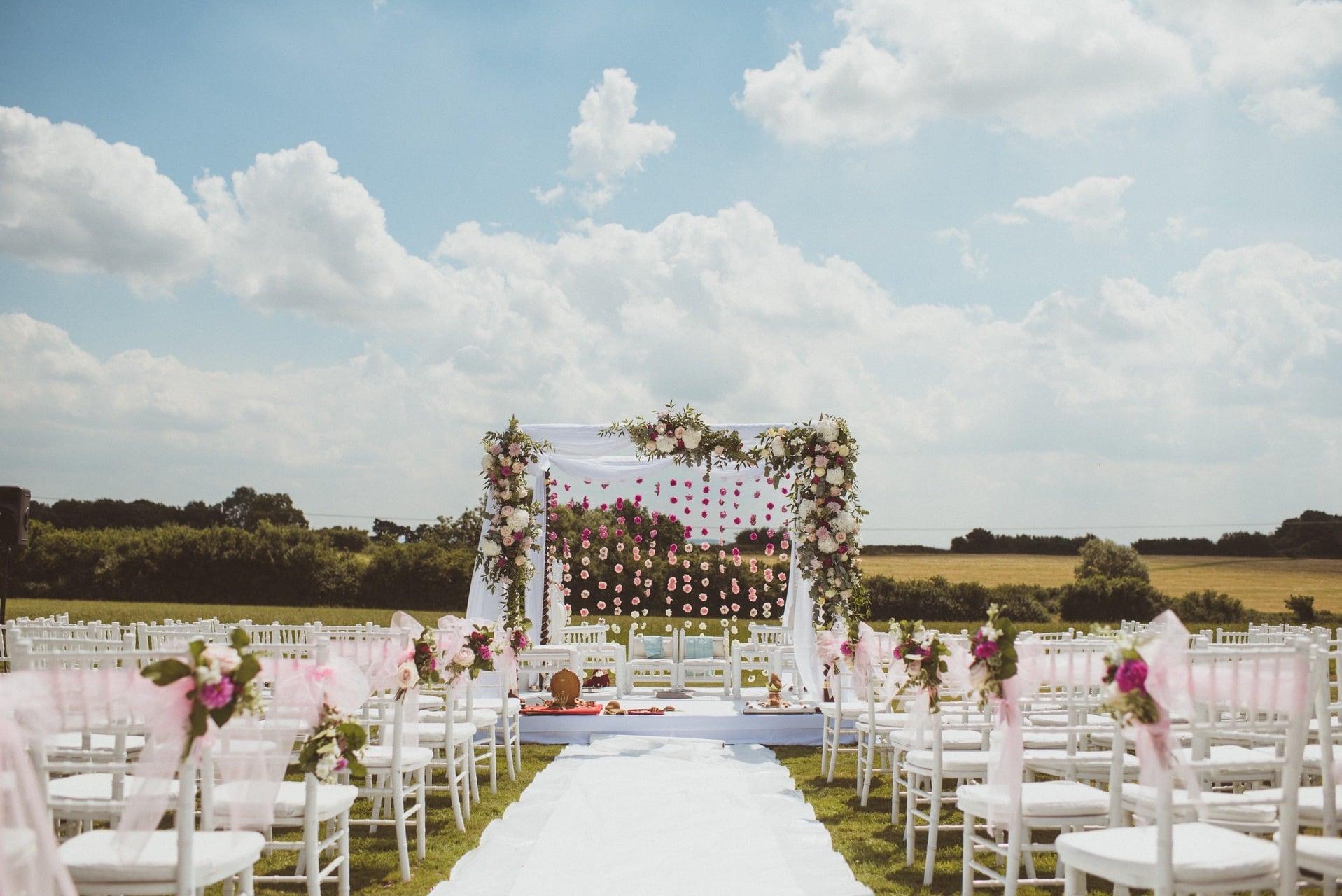 Amruta And Aneesh S Wedding Day Feature On Rock My Wedding Blog Poundon House