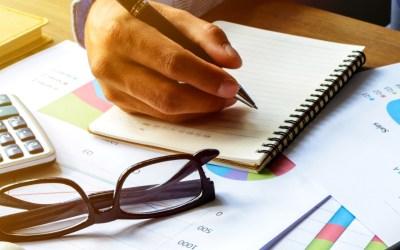 Fazer um orçamento familiar com pés e cabeça