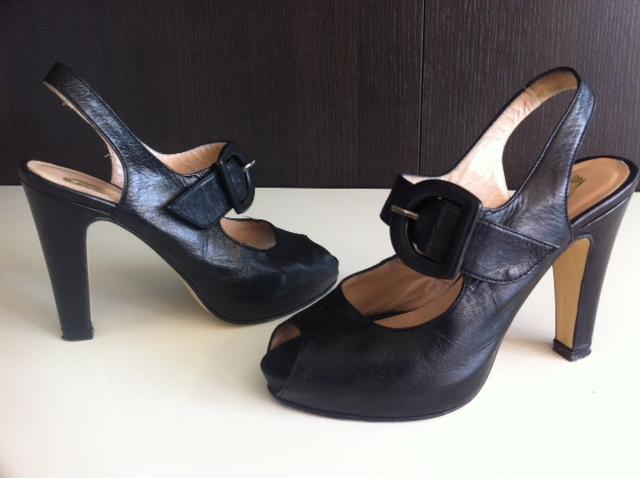 Sandales noir à brides