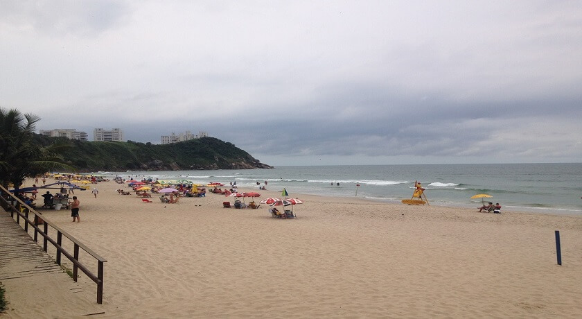 Vista da Praia do Tombo em Guaruja SP