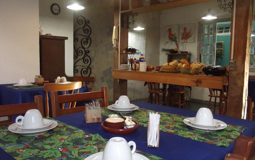 o Cafe da Manhã na Oca Poranga Pousada Guarujá