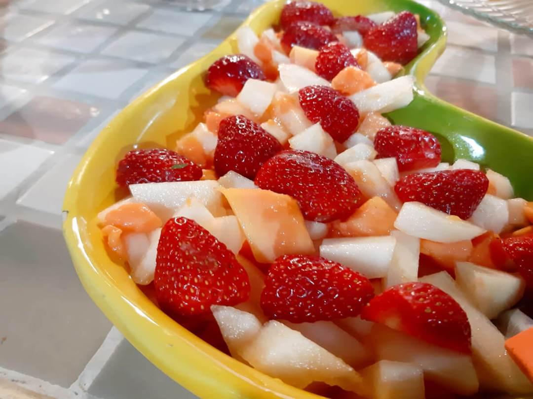 salada de frutas pousada oca poranga guaruja