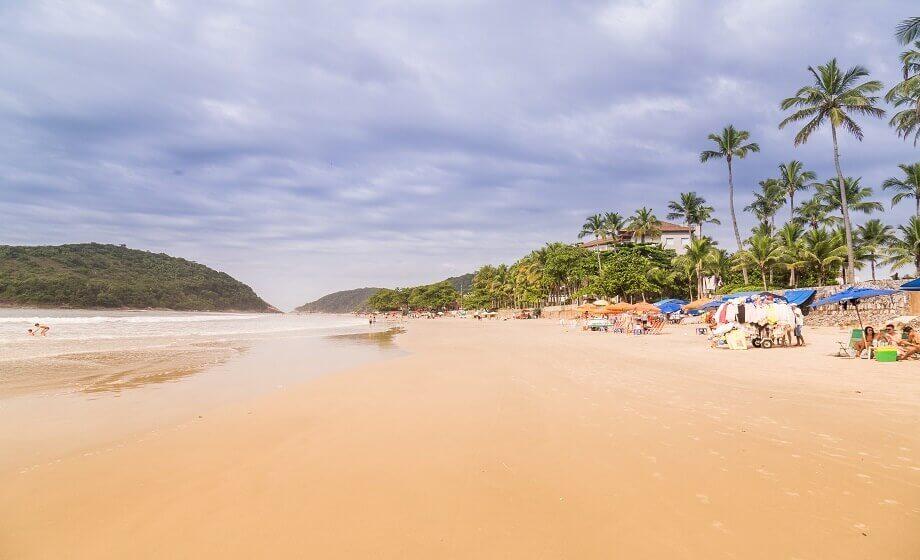 A Praia do Pernambuco Guaruja SP