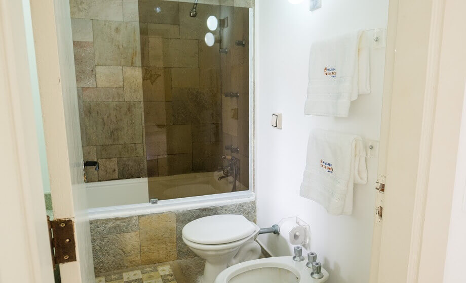 Banheiro Suite Pousada Pe na Areia Guaruja