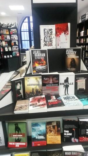 #Jenaipasportéplainte Librairie Série B de #Toulouse