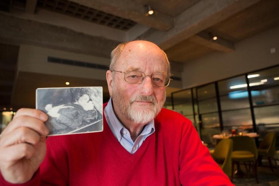 Niklas Frank - sin Hansa Franka, danas je poznati antinacistički aktivist - u svom novčaniku nosi fotografiju smaknutog oca kao podsjetnik i upozorenje