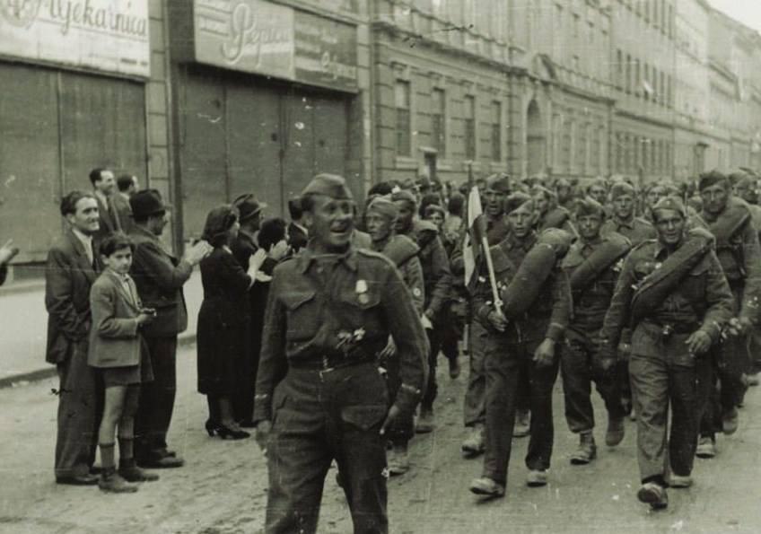 Borci X. korpusa Zagrebačkog na Ilici, 9. svibnja 1945.