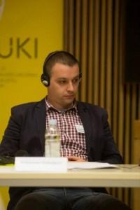 """Aleksandar Todosijević na simpoziju """"Dvostruki teret"""" u Zagrebu"""