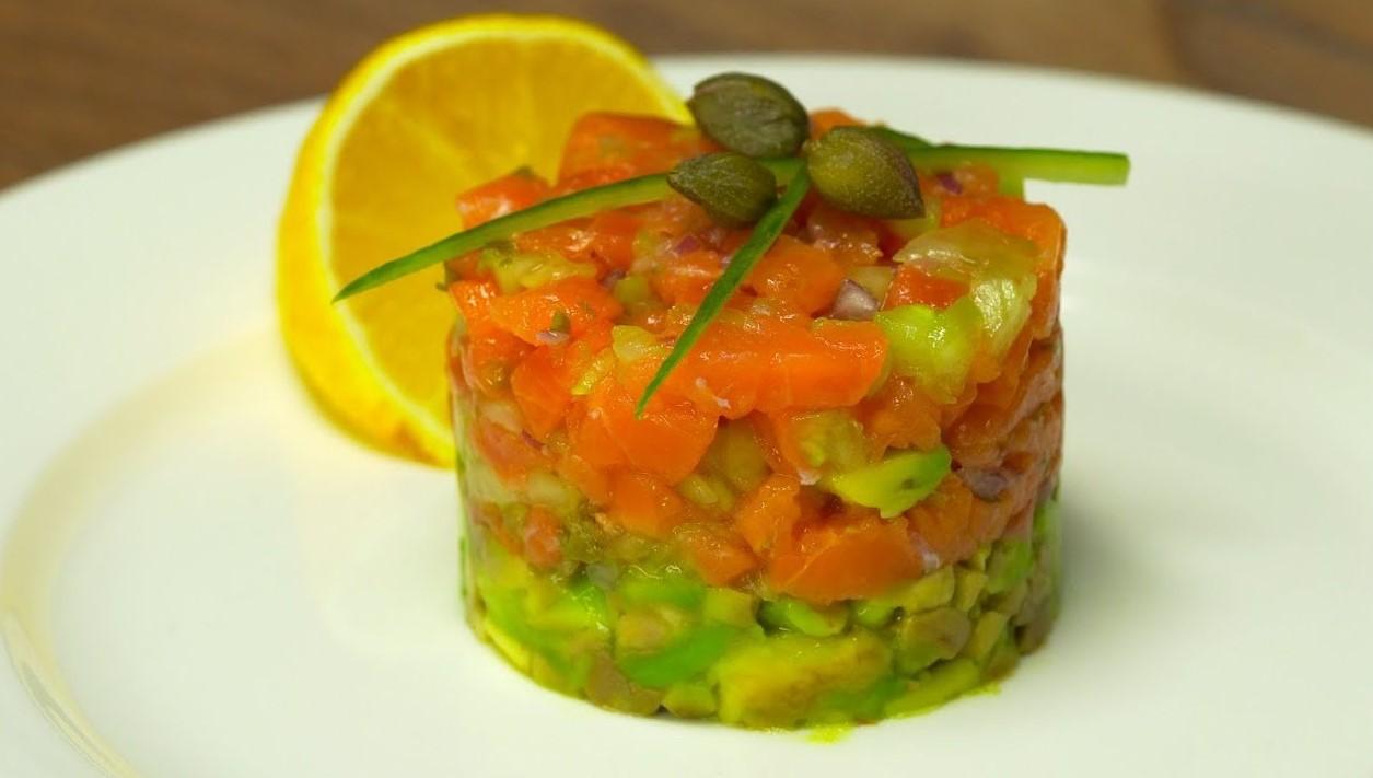 Тартар из лосося и авокадо (2950) | Povkusu.com