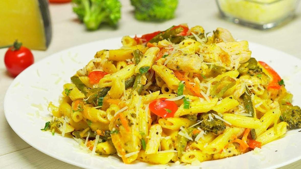 Макароны с курицей и овощами (3667)   Povkusu.com
