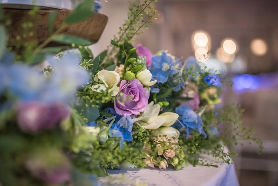 Wedding flowers at Manor by the Lake in Gloucestershire