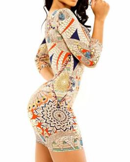 Printed Round Neck Three Quarter Sleeve Shaping Bodycon Dress
