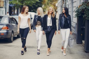 Read more about the article Get Ready for Fall With Best Classic Jeans