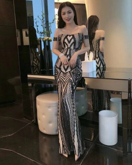 Elegant Off Shoulder Bodycon Short Sleeve Club Dresses