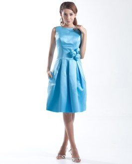 Short Bridesmaid Dress Round Neck Prom Dress Pleated A Line Knee Length Party Dress