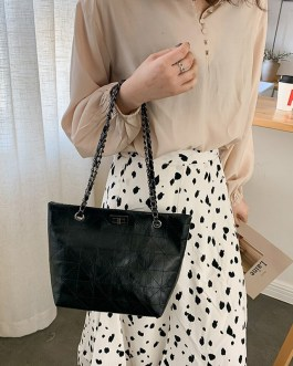 Large Capacity Solid Color Retro PU Leather Tote Bags