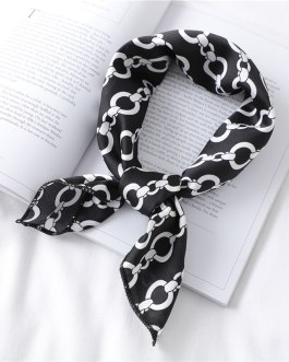 Design Ring Chain Print Small Square Silk Hair Scarves