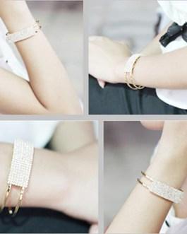 Elegant Bangle Wristband with Crystal Detailing