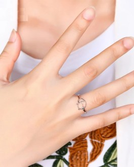 Fashion Personality Temperament Hollow Ring